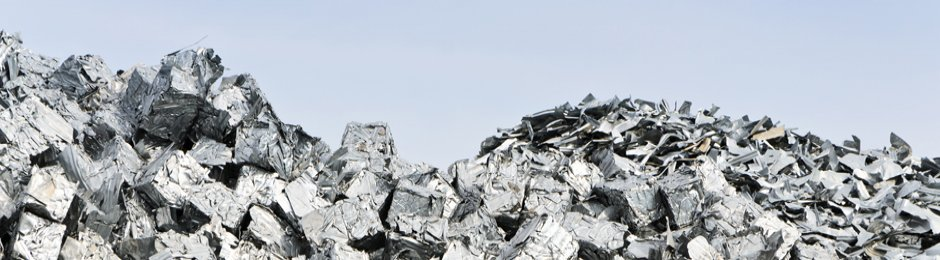 mound of aluminum alloy pieces